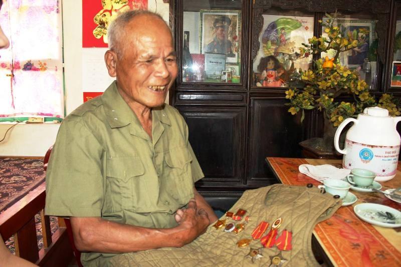 Người văn công Vũ Thanh Hải kể lại việc gặp và biểu diễn cho Bác Hồ