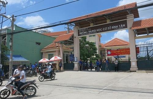Trường THCS Bình Tân đã đình chỉ công tác cô N.T.X vì đã đánh vào mông học sinh