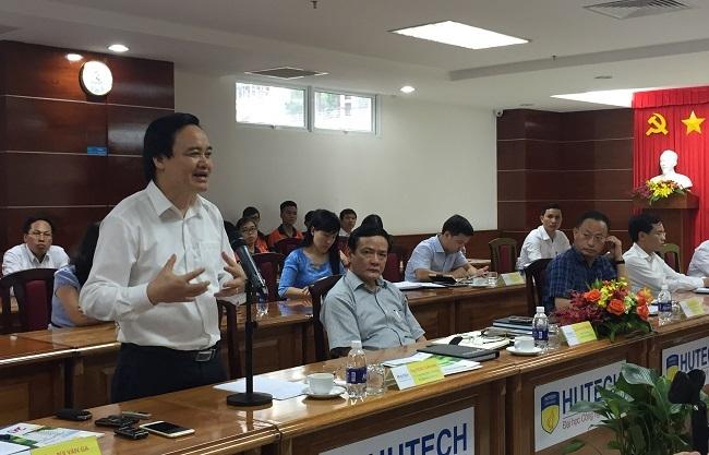 Qua những điểm trao đổi với trường Hutech, Bộ trưởng Phùng Xuân Nhạ cũng mong muốn gửi đến các trường ĐH tư khác thông điệp này