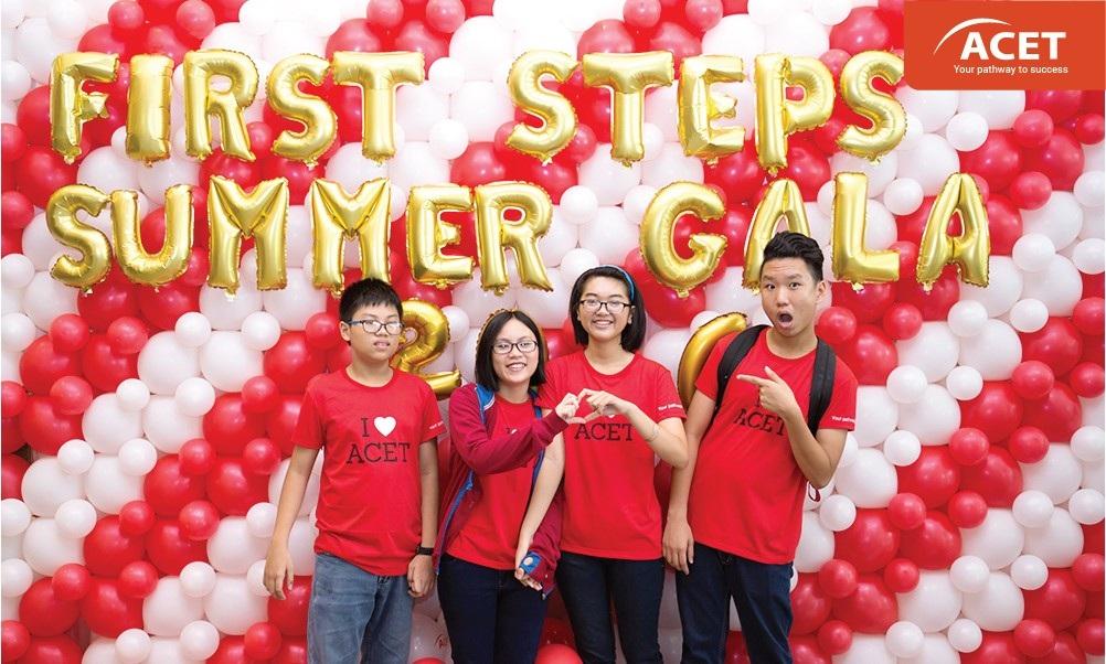 """Chương trình First Steps Summer Gala 2016 được trung tâm Anh ngữ ACET tổ chức vào sang ngày 3172016 với chủ đề """"Hòa nhịp cùng Olympics"""""""