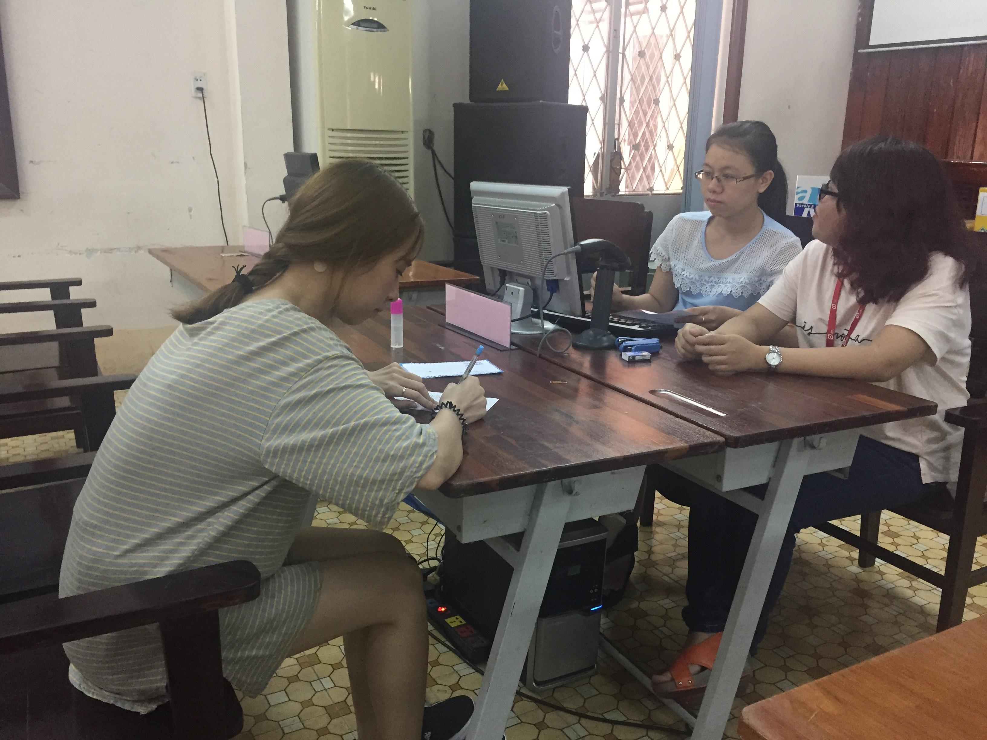 Thí sinh xác nhận nhập học tại trường ĐH Sài Gòn