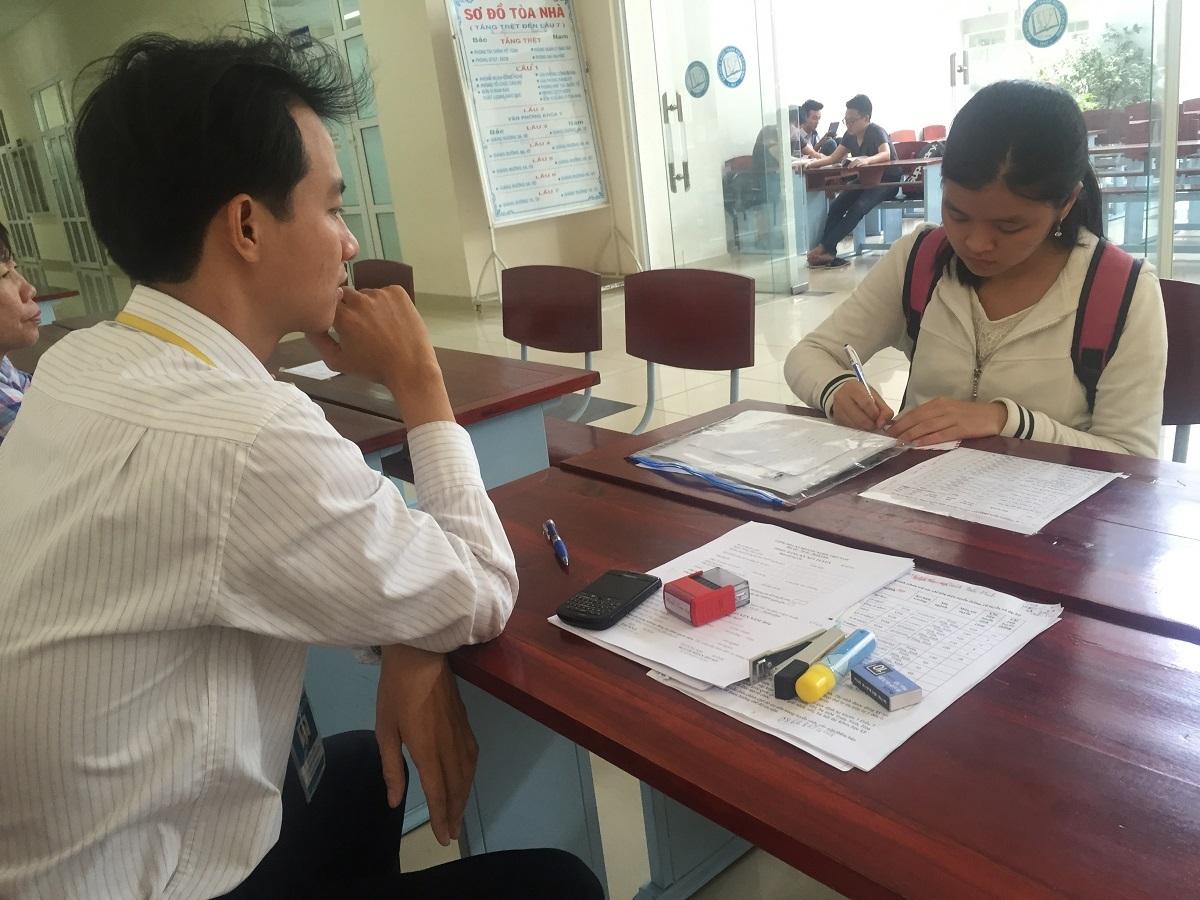 Thí sinh đăng ký xét tuyển đợt 1 tại trường ĐH Y dược TPHCM