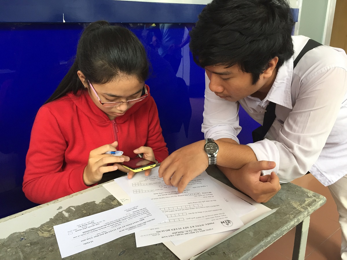 Thí sinh đăng ký xét tuyển bổ sung tại TPHCM