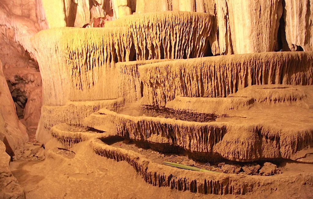 Chiêm ngưỡng vẻ đẹp ngất ngây Hang Bua ở đại ngàn xứ Nghệ - 15