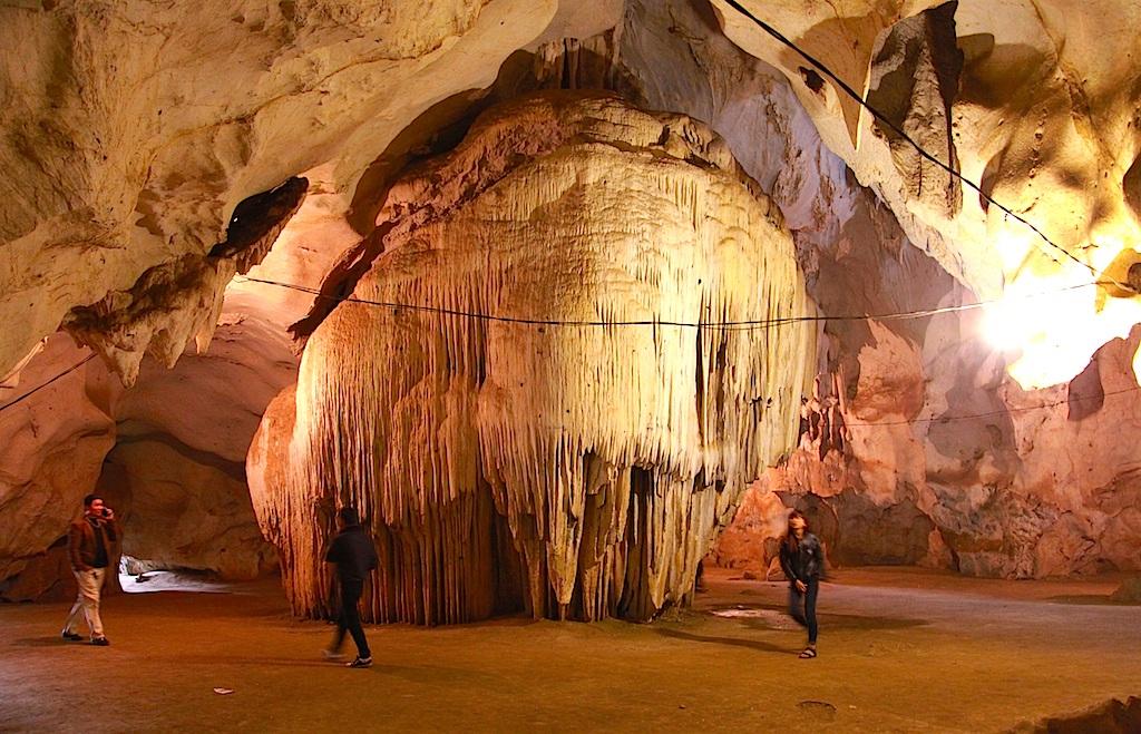 Chiêm ngưỡng vẻ đẹp ngất ngây Hang Bua ở đại ngàn xứ Nghệ - 12