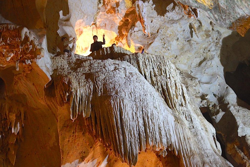 Chiêm ngưỡng vẻ đẹp ngất ngây Hang Bua ở đại ngàn xứ Nghệ - 13