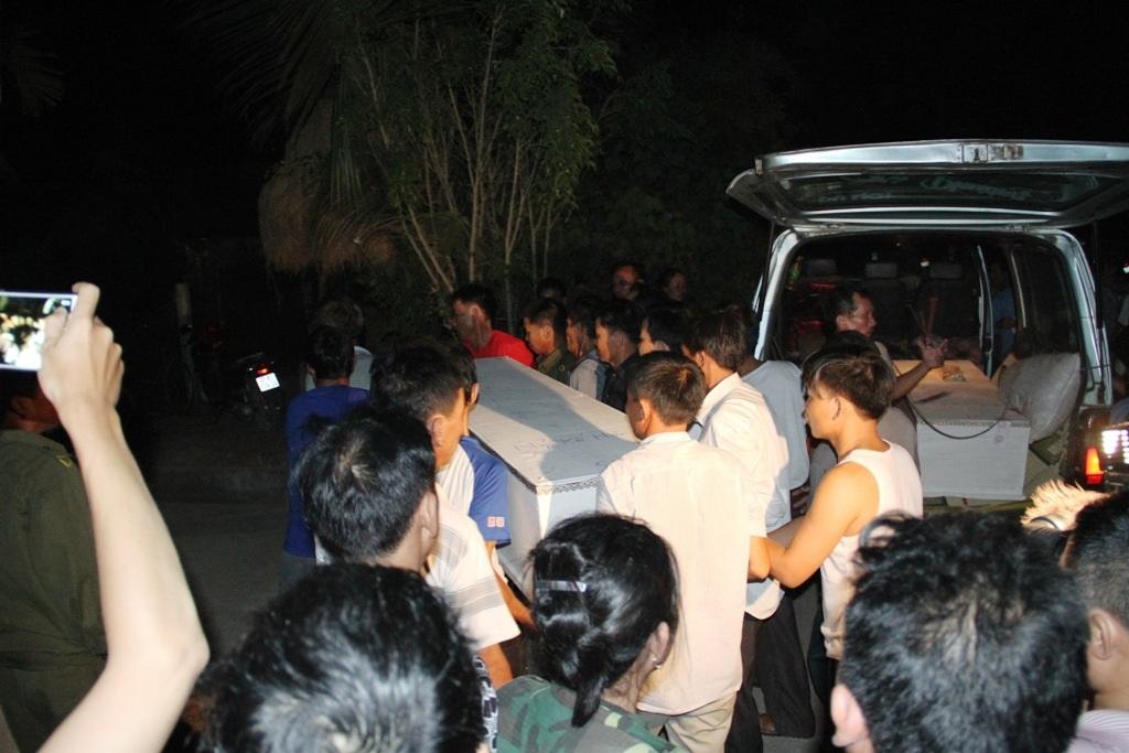 Vụ nổ xe khách 8 người chết: Tai họa quá lớn ập xuống quá nhanh - 8