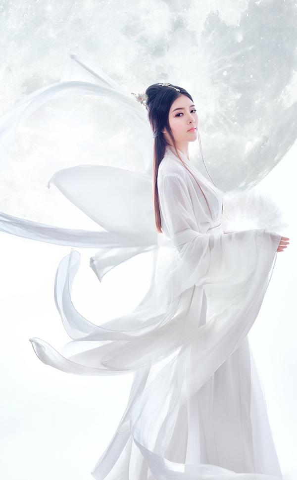Lilly Luta hoá thân thành chị Hằng váy trắng xinh đẹp - 6