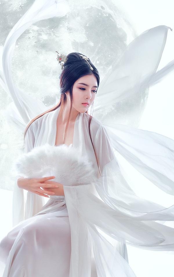 Lilly Luta hoá thân thành chị Hằng váy trắng xinh đẹp - 3