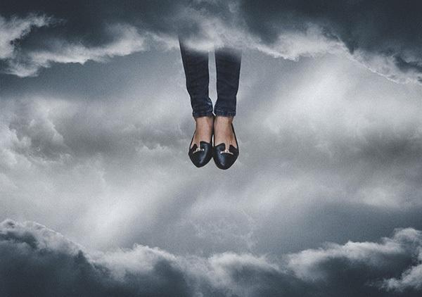 Đôi chân của họ cần được giải thoát, họ cần được tự do.