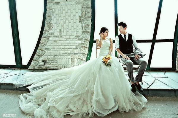 Bộ ảnh cưới của Trang Lou và Tùng Sơn đẹp như quảng cáo sản phẩm mùa cưới trên tạp chí