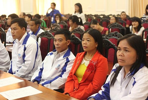 Các thầy cô giáo cắm bản ở những vùng xa xôi, khó khăn nhất của đất nước về thủ đô Hà Nội bày tỏ tâm tư, nguyện vọng.