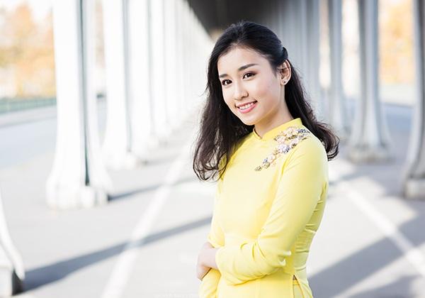 Nữ du học sinh Việt tại Pháp - Lê Phương Thảo