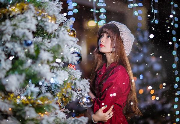 """""""Búp bê ảnh thẻ"""" ấm áp đón Giáng sinh về trên phố Sài Gòn - 5"""
