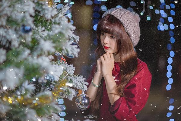 """""""Búp bê ảnh thẻ"""" ấm áp đón Giáng sinh về trên phố Sài Gòn - 6"""