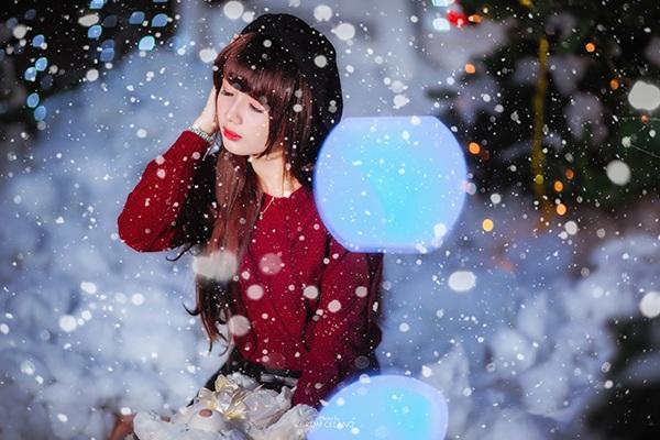 Các nhiếp ảnh thường ghép thêm bông tuyết để thêm màu sắc mùa Giáng sinh
