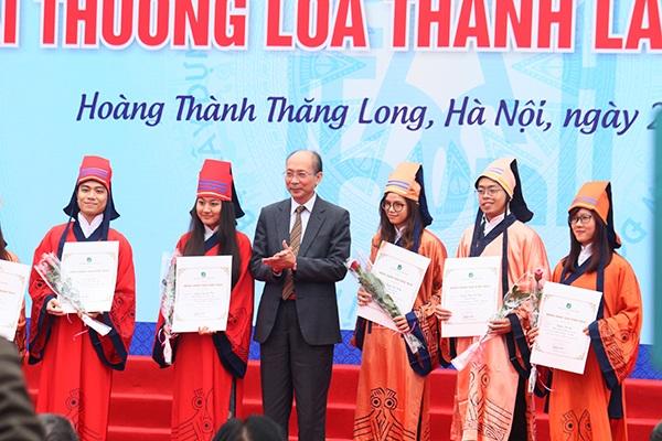 Trao giải Loa thành năm 2015 tại Hoàng thành Thăng Long (Hà Nội)