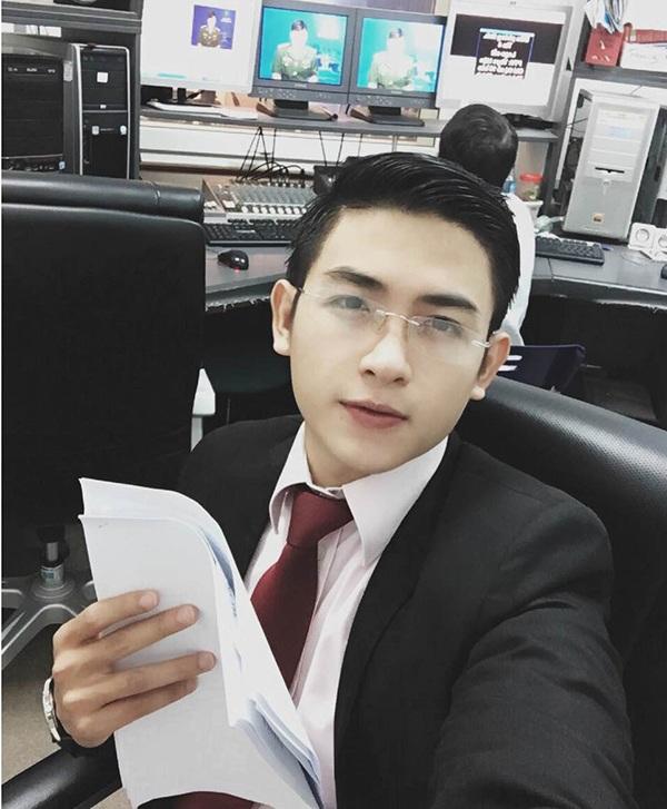 Phát thanh viên điển trai của đài PTTH Bình Phước khiến nhiều chị em thương nhớ
