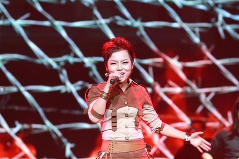Ca sĩ Thái Thuỳ Linh được tuyên dương Gương mặt trẻ Thủ đô tiêu biểu - 7