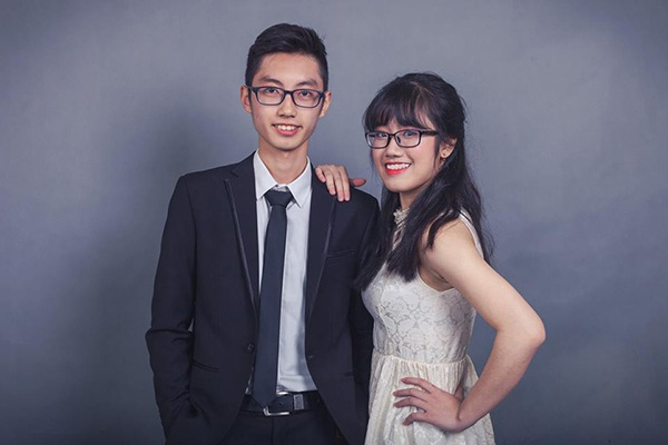 Một trong 12 cặp đôi lọt vào vòng chung kết là Tuấn Minh - Linh Chi. Cả hai đều là học sinh lớp 11 Tin 2. Cặp đôi đến từ Zone 3 Hades.