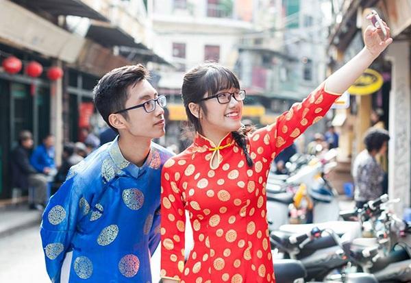 Cặp đôi Tuấn Minh - Linh Chi lớp 11 Tin 2 cũng có buổi du xuân đón Tết đầy thú vị