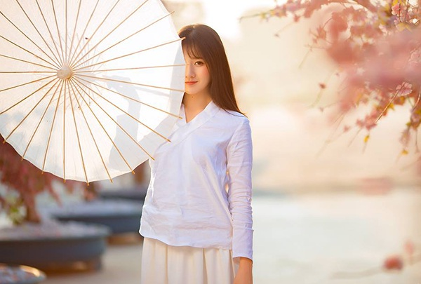 Kiều Trinh đang là gương mặt được yêu thích trong thế hệ hot girl mới của Sài Gòn.