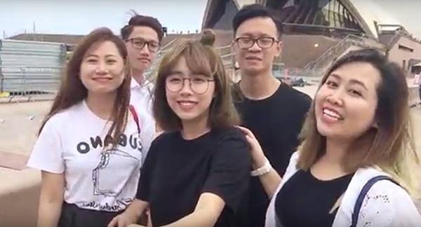 Du học sinh Việt tại Úc sớm gửi hình ảnh về cho ban tổ chức ghép nối clip chúc Tết Bính Thân