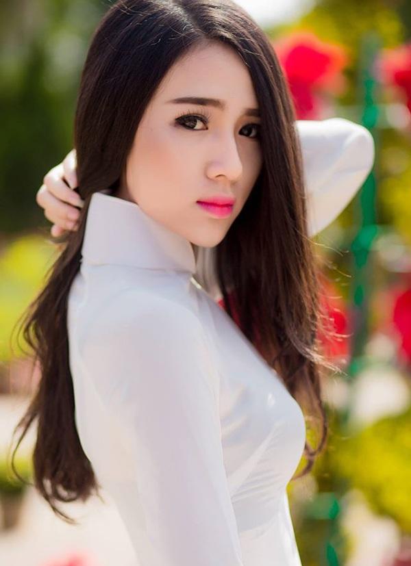 Nữ sinh xinh đẹp mong khởi nghiệp thuận lợi trong năm Bính Thân - 5