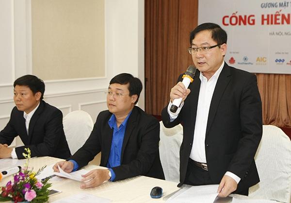 Tổng biên tập báo Tiền Phong Lê Xuân Sơn - Phó Chủ tịch Hội đồng Điều hành Quỹ, Giám đốc Quỹ Hỗ trợ Tài năng trẻ Việt Nam phát biểu bắt đầu buổi tọa đàm.