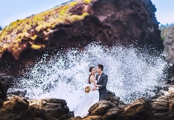 Bãi đá độc đáo trên biển Phú Yên thành điểm chụp ảnh cưới cuốn hút - 10