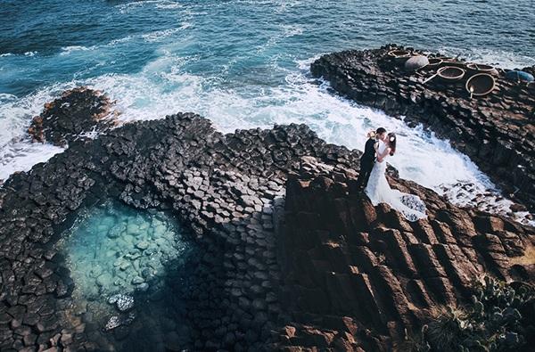 Bãi đá độc đáo trên biển Phú Yên thành điểm chụp ảnh cưới cuốn hút - 11