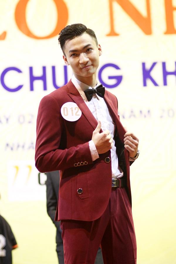 Bùi Mạnh Hùng – nam sinh đạt giải Ba của chương trình