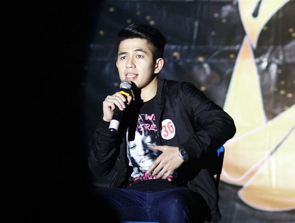 """Bản rap đình đám một thời """"Tau thích mi"""" được Nguyễn Đình Sơn – lớp K60 Quản lý tài nguyên môi trường thể hiện lại với giọng rap đặc trưng của người miền Trung"""