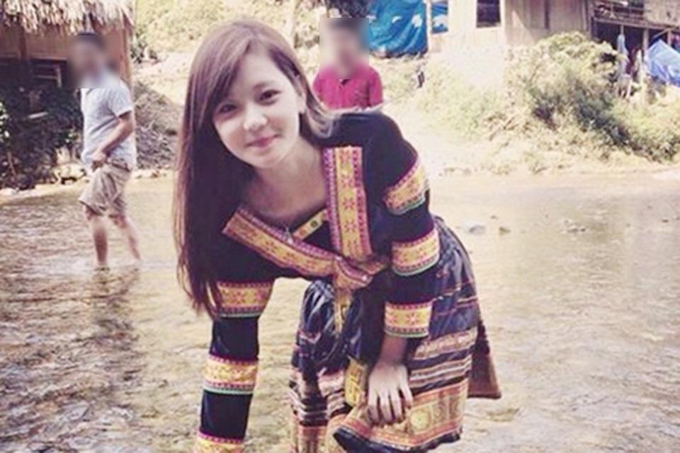 Hình ảnh Thu Hương mặc trang phục dân tộc thiểu số từng khiến cô trở nên nổi tiếng trên mạng xã hội
