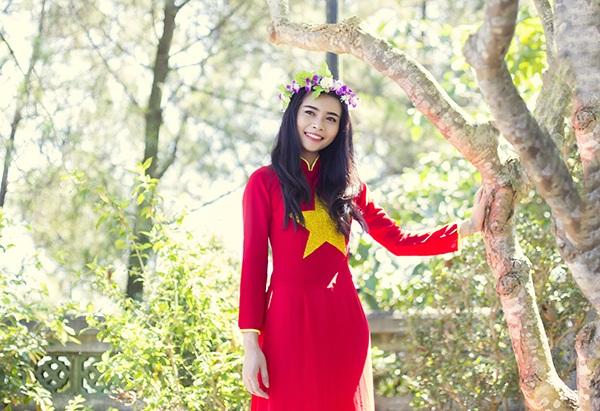 Nữ sinh Thái Lan diện áo dài Việt trong lễ tốt nghiệp - 8