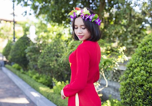 Nữ sinh Thái Lan diện áo dài Việt trong lễ tốt nghiệp - 9
