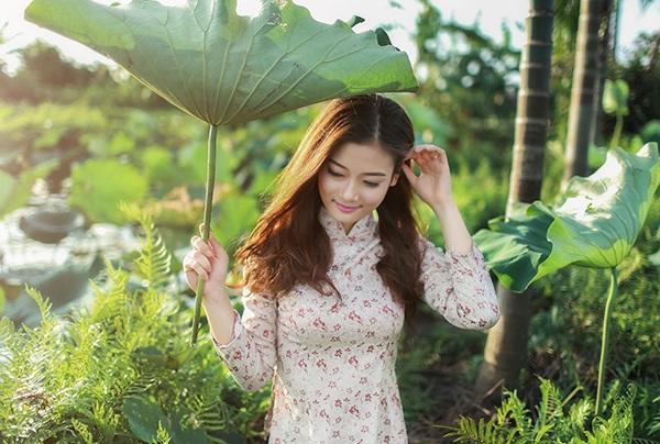 Bộ ảnh này được Dung kết hợp cùng với nhiếp ảnh Lưu Thành Đạt thực hiện.