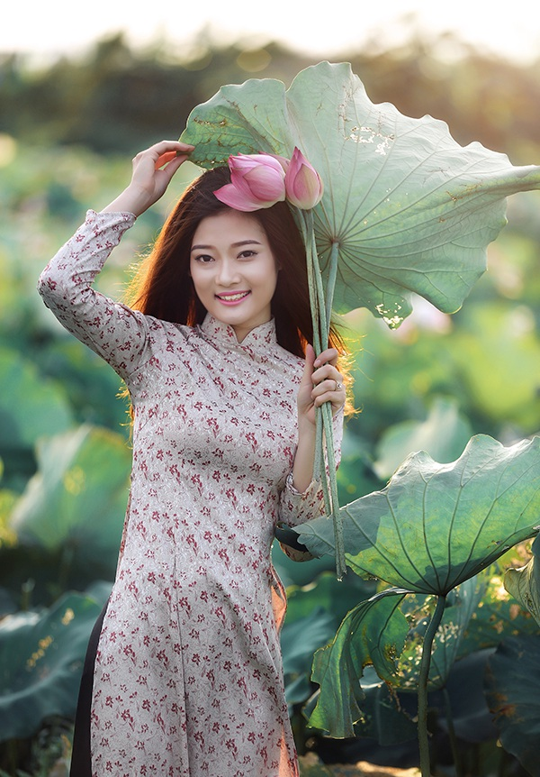 Vũ Thùy Dung sinh năm 1995, là sinh viên ngành Kỹ thuật phần mềm tại trường Đại học Hàng hải