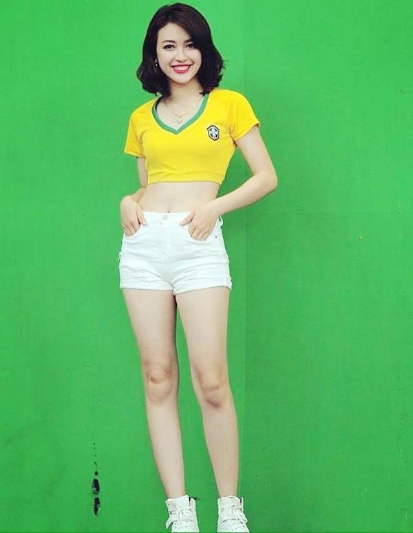 Mạnh Khánh Chi khỏe khoắn trong trang phục thể thao