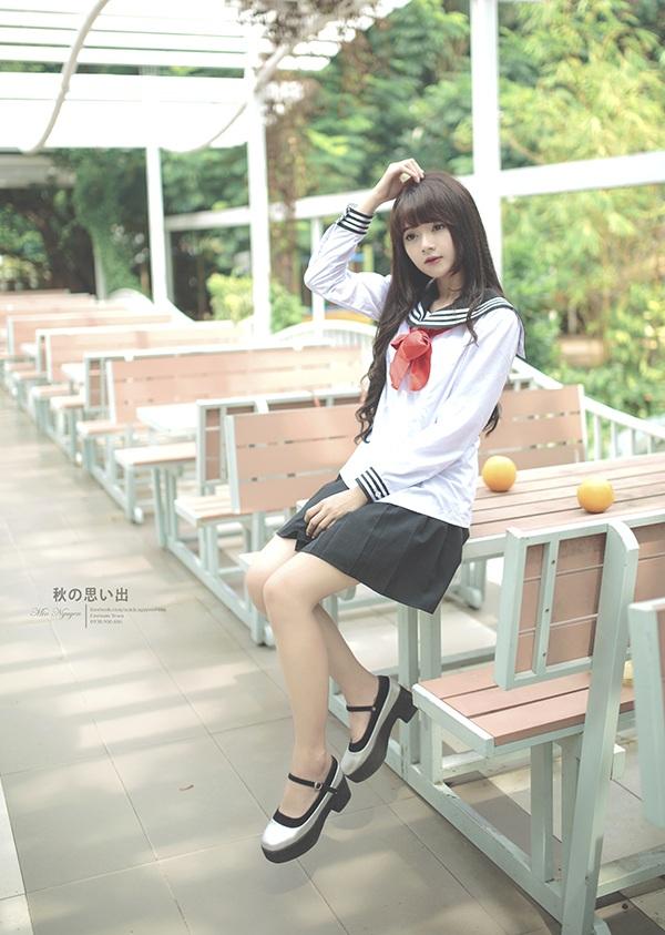 Hương vẫn thường được mời làm người mẫu ảnh thời trang.