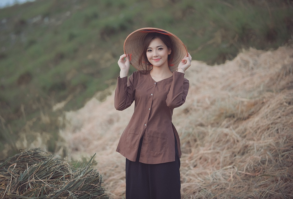 """""""Hot girl dân tộc"""" hóa thân thành người con gái nông thôn xinh đẹp - 13"""