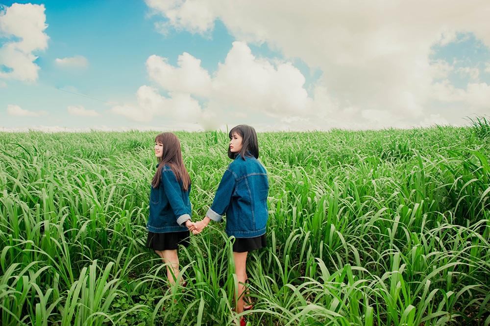 Thuỳ hi vọng rằng tương lai hai em vẫn có thể ở gần nhau và cùng theo đuổi những ước mơ.