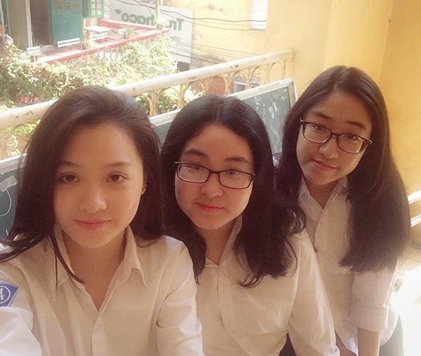 Hot girl trường Phan Đình Phùng mừng rỡ trở thành tân sinh viên Ngoại Thương - 11