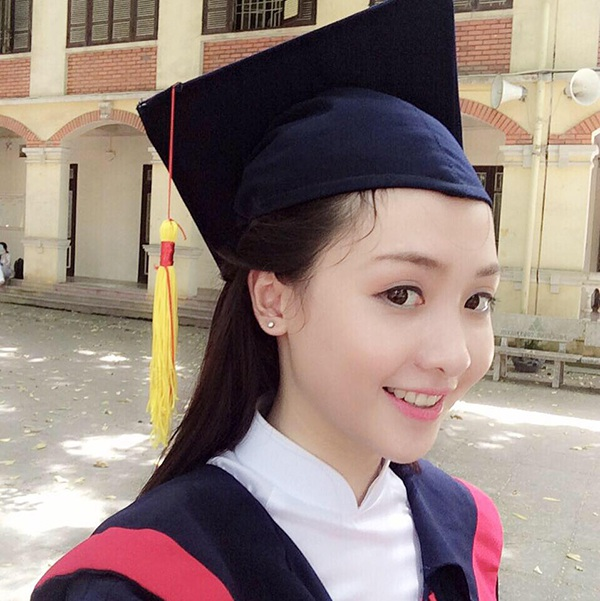 Hiện tại, Ngọc Diệu đang cực kỳ vui mừng và có những giây phút nghỉ xả hơi đúng nghĩa. Cô cũng chia sẻ cảm giác hồi hộp khi sắp trở thành tân sinh viên của ngôi trường đại học thuộc top đầu Thủ đô.