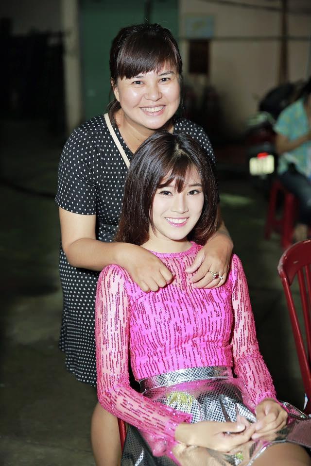Mẹ của Hoàng Yến Chibi và con gái