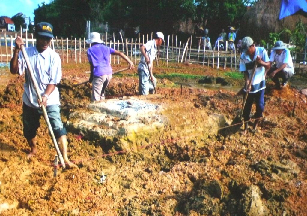 Khai quật ngôimộ cổ tại thôn An Thái, xã Nhơn Phúc, thị xã An Nhơn (Bình Định)