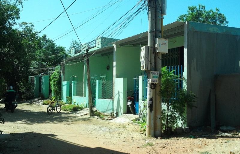 Khu vực 2, phường Nhơn Bình (TP Quy Nhơn) nơi 17 căn hộ mọc chui trên đất nông nghiệp đang bị cơ quan chức năng kiểm tra, xử lý