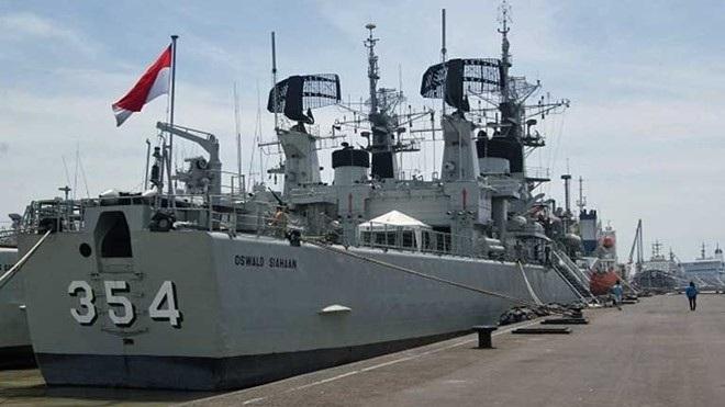 Tàu hộ vệ 354 của Indonesia. (Ảnh: CNA)