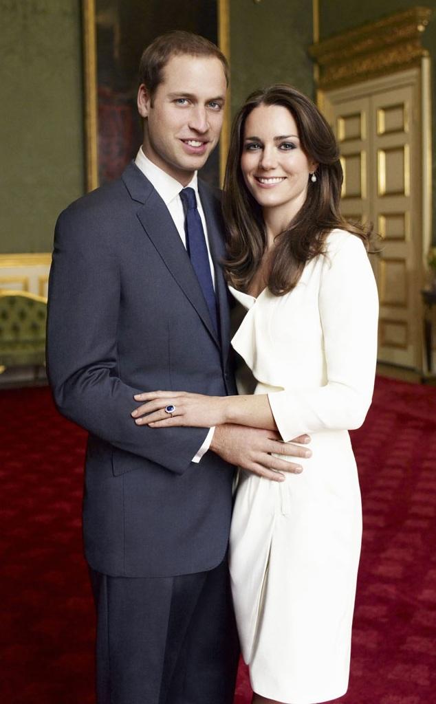William ngỏ lời cầu hôn Kate trong một kỳ nghỉ tại Kenya. Sau đó, cặp đôi thông báo họ đã chính thức đính hôn vào tháng 11/2010 (Ảnh: Mirror)