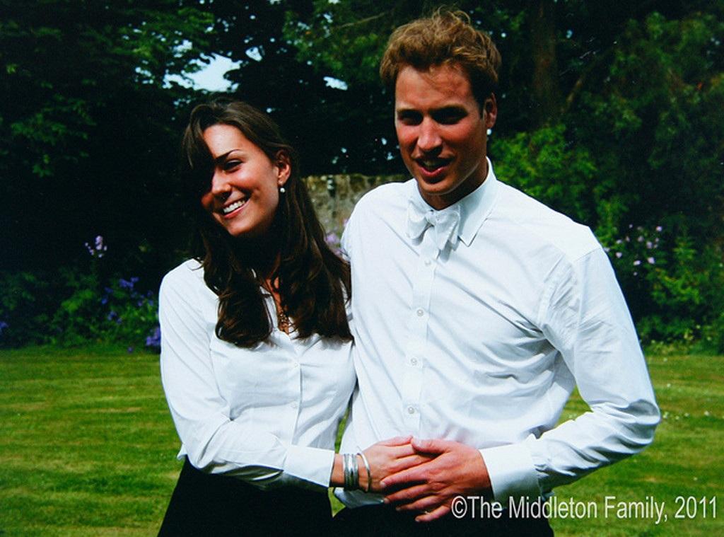 Nữ sinh Kate Middleton và Hoàng tử William gặp nhau lần đầu tiên vào năm 2001 khi còn là sinh viên Đại học St. Andrews ở Scotland. Cả 2 chính thức hẹn hò 2 năm sau đó và tốt nghiệp cùng năm. Ban đầu, Kate và William cùng học lịch sử nghệ thuật tại Đại học St. Andrews trước khi William chuyển sang chuyên ngành địa lý (Ảnh: The Middleton Family)